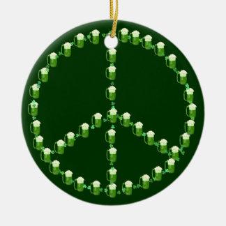 Signo de la paz verde de la cerveza adornos de navidad