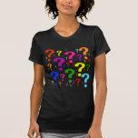 Signos de interrogación del arco iris camiseta