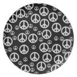 Signos de la paz blancos y negros plato de cena