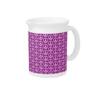 Signos de la paz en púrpura del ciruelo jarrón