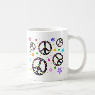 Signos de la paz y flores taza de café