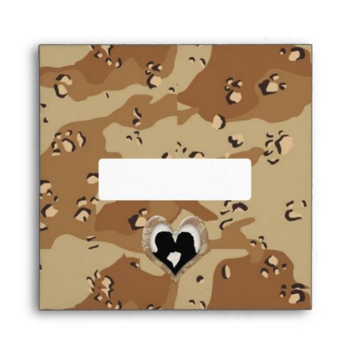 Silhouette of Couple Kissing (Camouflage Heart) Envelope