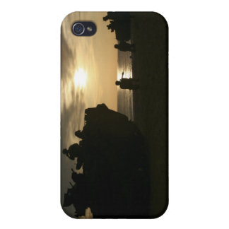 Silhouette of Marines iPhone 4 Case