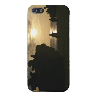 Silhouette of Marines iPhone SE/5/5s Case