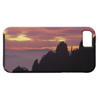 Silhouette of Mt. Huangshan (Yellow Mountain) at iPhone SE/5/5s Case