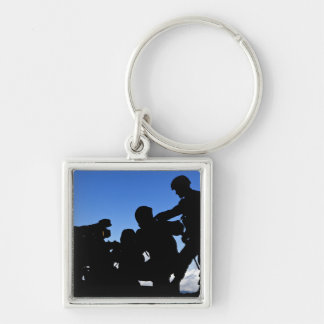 Silhouette of soldiers Silver-Colored square keychain
