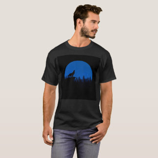 Silhouette wolf - wolf illustration - wolf art T-Shirt