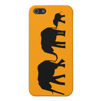 Silhouettes of 3 Elephants Holding Tails Cover For iPhone SE/5/5s