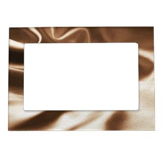 Silk- Magnetic Frame