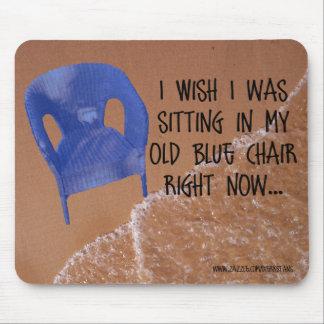 Silla azul vieja Mousepad