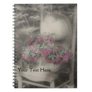 Silla de la flor del jardín en cuaderno blanco y n