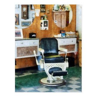 Silla de la peluquería de caballeros una tarjetas postales