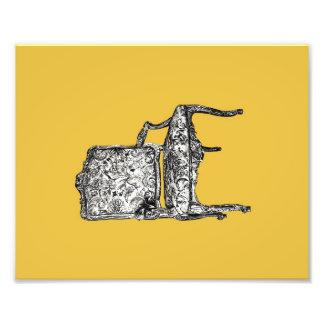 Silla de la regencia en amarillo de la mostaza fotografia