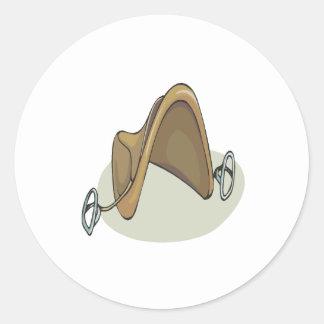 Silla de montar del caballo pegatina redonda