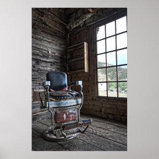 Silla de peluquero del pueblo fantasma - Bannack M Póster