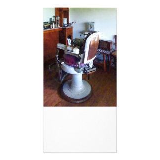 Silla de peluquero pasada de moda tarjeta con foto personalizada