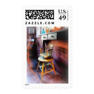 Silla del peluquero del niño del vintage sellos