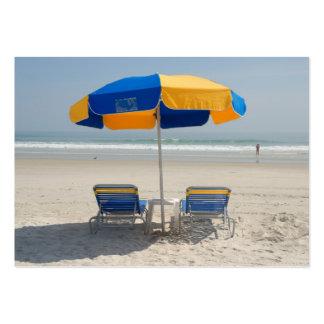 sillas de playa vacías tarjetas de visita grandes
