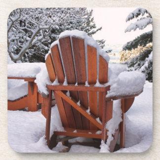 Sillas Nevado Adirondack en foto del invierno Posavasos De Bebida