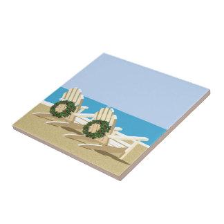 Sillas y guirnaldas de playa tejas  ceramicas
