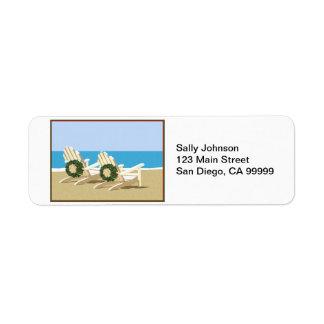 Sillas y guirnaldas de playa etiqueta de remite