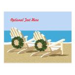 Sillas y guirnaldas de playa postal