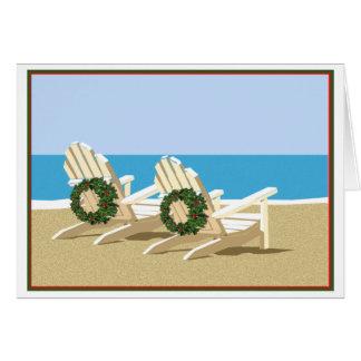 Sillas y guirnaldas de playa tarjeta de felicitación