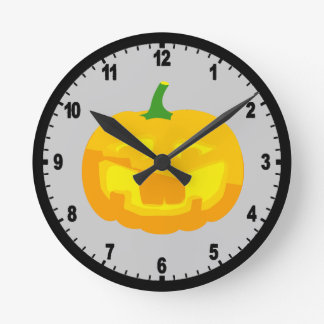 Silly Buck toothed Jack-O-'Lantern Round Clock