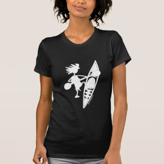 Silueta alegre de la canoa del kajak camisetas