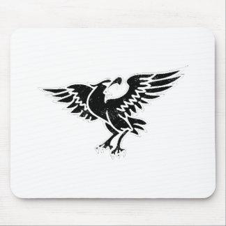 Silueta apenada de Eagle Alfombrillas De Raton
