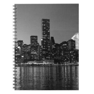 Silueta blanca negra de New York City Skyscapers Note Book
