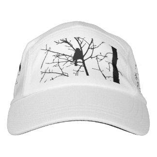 Silueta blanco y negro del chickadee en un árbol gorra de alto rendimiento