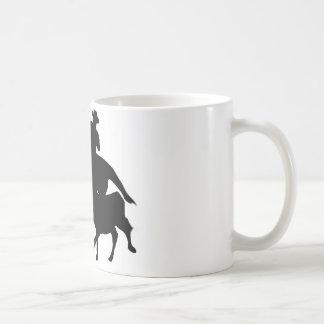 Silueta - caballos - encierro del equipo taza