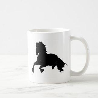 Silueta corriente blanca negra del caballo taza
