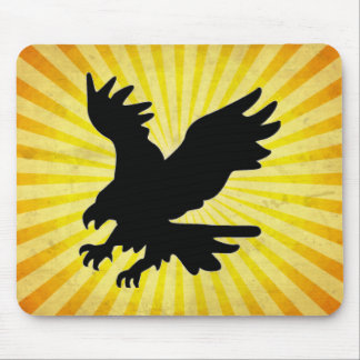 Silueta de Eagle calvo; amarillo Mousepad