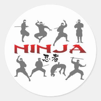 Silueta de la actitud de Ninja Pegatina Redonda