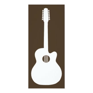 "silueta de la guitarra acústica invitación 4"" x 9.25"""