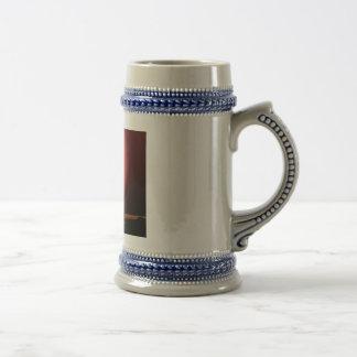 Silueta de la lanzadera jarra de cerveza