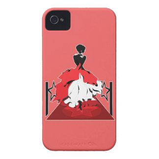 Silueta de la mujer elegante en la alfombra roja funda para iPhone 4 de Case-Mate