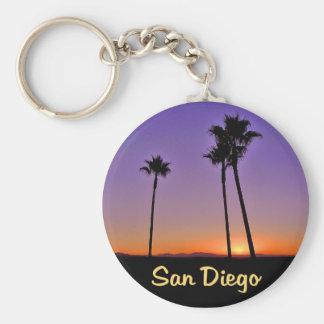 Silueta de la palmera en San Diego Llavero Redondo Tipo Pin