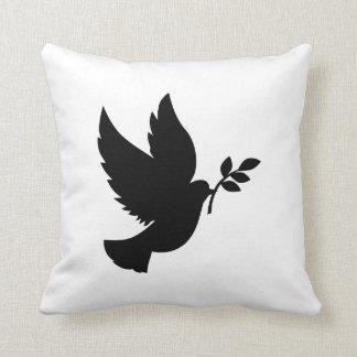 Silueta de la paloma almohadas