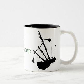 Silueta de las gaitas tazas de café
