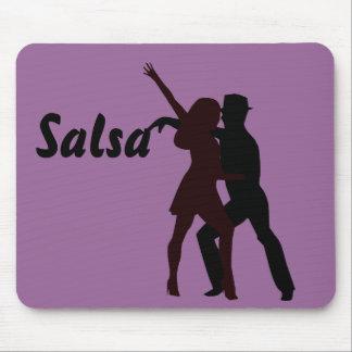 Silueta de los bailarines de la salsa alfombrilla de ratón