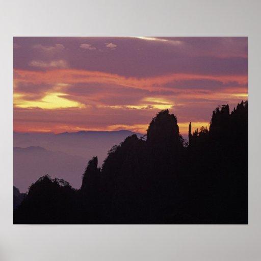 Silueta de Mt. Huangshan (montaña amarilla) en Impresiones