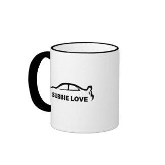 """Silueta del amor del STI """"Subbie"""" de Subaru Tazas De Café"""