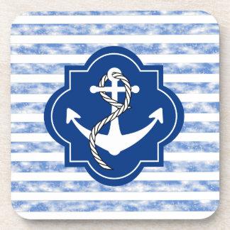 Silueta del ancla con las rayas azules náuticas posavasos