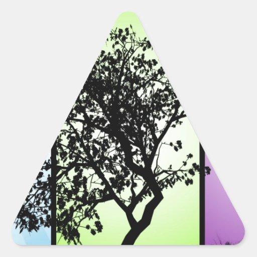 Silueta del árbol pegatina triangular