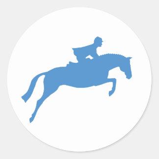 Silueta del caballo del puente (azul) pegatina redonda