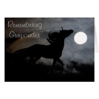 Silueta del caballo en la niebla tarjeta de felicitación