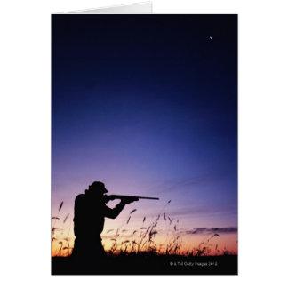 Silueta del cazador tarjeta de felicitación
